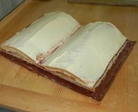 buttercreme torte zur taufe der kochblog. Black Bedroom Furniture Sets. Home Design Ideas